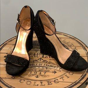 BCBG Black Glamm Wedge Sandal Sz 9 1/2